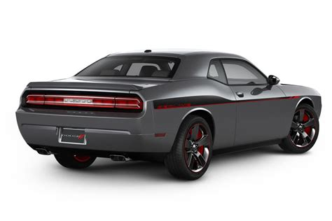 images of 2014 dodge challenger 2014 dodge challenger overview cars