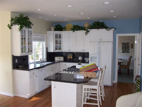 Paint My Kitchen Cabinets White by Have The Painting Kitchen Cabinets Ideas For Your Home