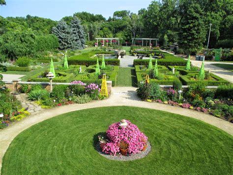 Rotary Botanical Gardens Rotary Botanical Gardens Hort July 2014