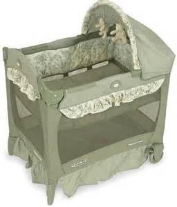 Graco Mini Crib Graco Mini Pack And Play Pic Graco Pack N Play Travel Lite Mini Portable Crib Bassinet