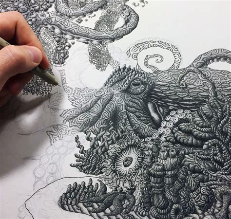 create drawing artist uses millions of dots to create complex pen drawings
