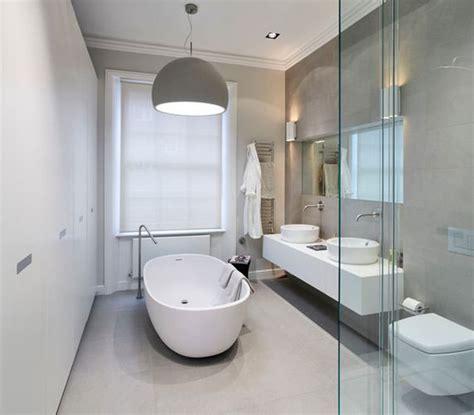 bagno grigio 20 idee di arredamento bagno in grigio mondodesign it