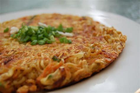 Membuat Mie Tanpa Telur | resep cara membuat pizza mie telur tanpa oven resep