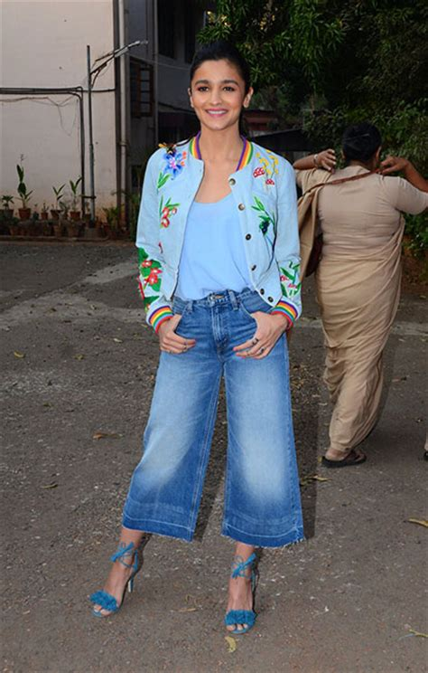 dressed bollywood celeb  week alia bhatt