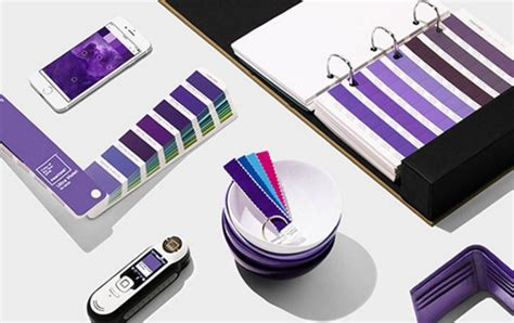 ultra violet is the 2018 pantone color of the year how to ultra violet interiors pantone 2018 color of the year