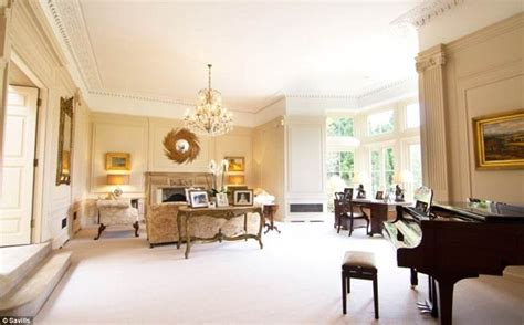 victoria beckham home interior david and victoria beckham preparing to spend 163 5 4m on a