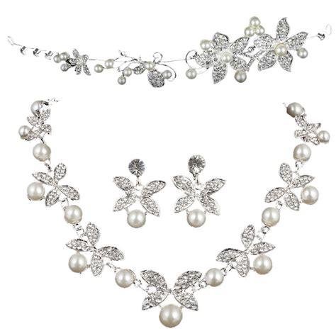 Set Perhiasan Eropah Jumbo 1 Pearl Three Butterfly Earring Necklace