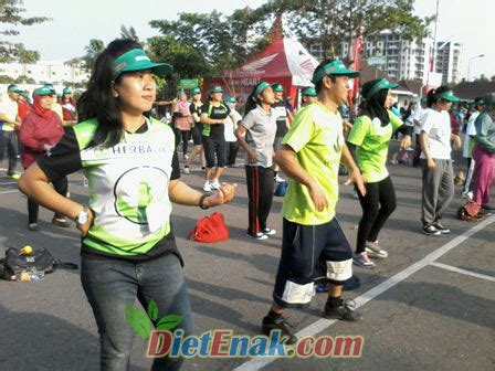 Topi Herbalife herbalife jogja dan ulangtahun herbalife indonesia 17