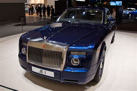 rolls royce phantom engine v16 rolls royce phantom v16 car interior design