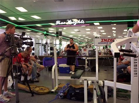 tiny meeker bench press texas area powerlifting news page 7