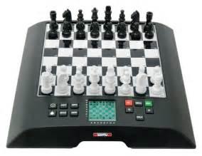 Interesting Chess Sets Millennium Chess Computer Chessgenius