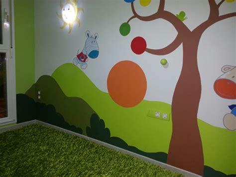 imagenes infantiles murales mural infantil con pizarra de colores blog de cuarto color
