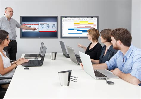 meeting room display screen barco unveils new features for clickshare presentation system at ise 2013 barco