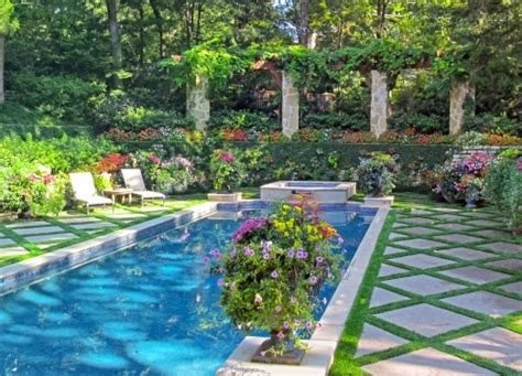 nice backyards with pool great backyard pools spas pinterest