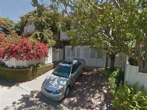 Evan Spiegel House by Snapchat Ceo Evan Spiegel Buys House In Brentwood