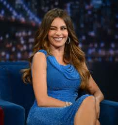 sofa v sofia vergara on late with jimmy fallon in new york