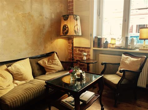 Wohnzimmer Cafe frankfurter caf 233 s mit wohnzimmer feeling concrete jungles
