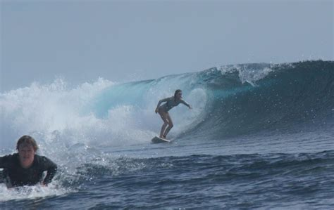 living on a boat in western australia surfing in western australia the best surf spots perth girl