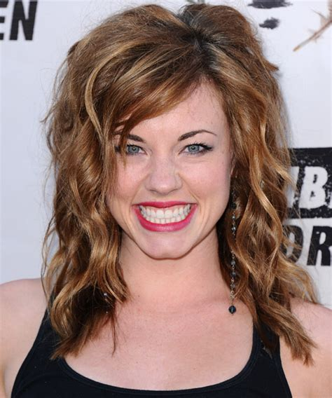 melanie off of days of our lives haircut styles molly burnett medium wavy casual hairstyle