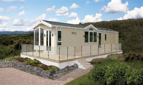 Leisure East Homes For Sale 2 Bedroom Mobile Home For Sale In Allhallows Lesiure Park