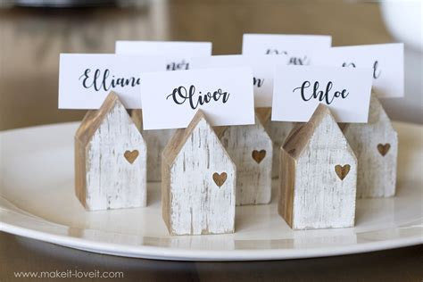 diy photo or place card holders craftbnb diy house place card holders make it and love it