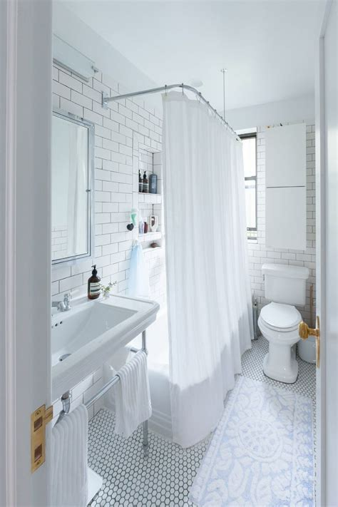 Small Vintage Bathroom Ideas by Best 25 Small Vintage Bathroom Ideas On