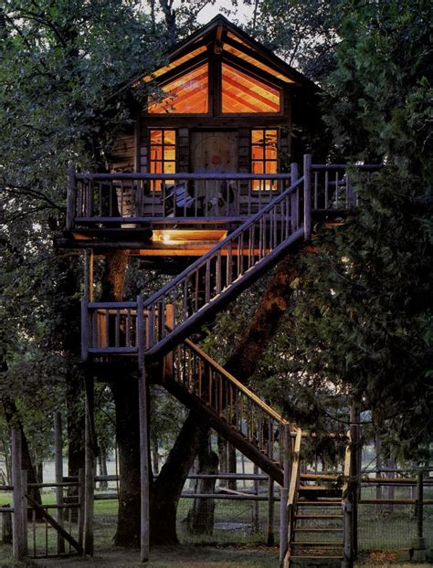 treehouse homes 15 tree houses worthy of wonderland garden lovers club15