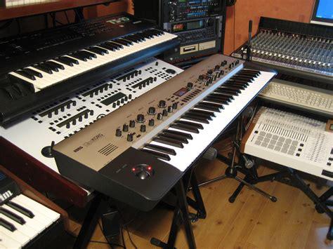 Keyboard Kingkorg korg kingkorg image 596507 audiofanzine