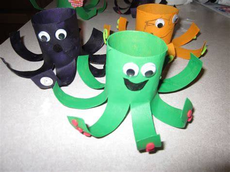 Paper Plate Octopus Craft - toilet paper roll rocket rocket craft rockets and