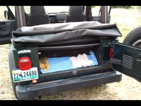 How To Remove Jeep Soft Top How To Put The Top Up On Your Soft Top Jeep Soft Top