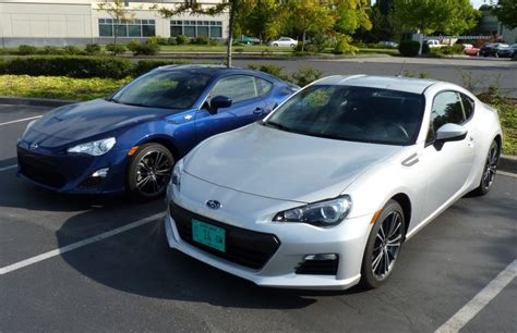 subaru brz scion fr s 2013 subaru brz or 2013 scion fr s what s the difference