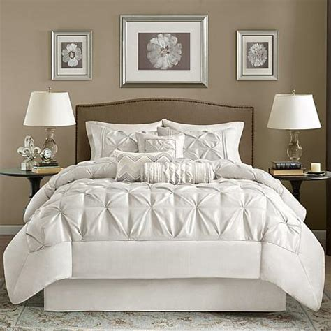 madison park white laurel comforter set california king