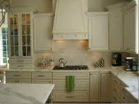 Kitchen Backsplash Ideas With Cream Cabinets Cream Kitchen Cabinets Design Ideas