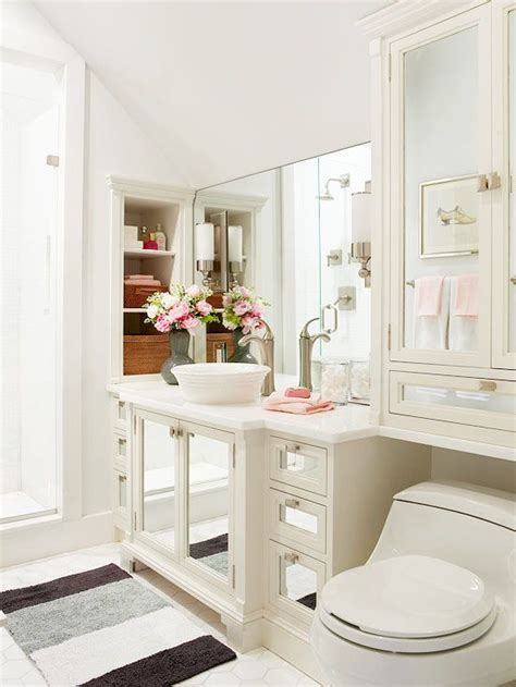 Color Ideas For A Small Bathroom by 10 Small Bathroom Color Ideas