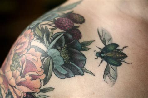 flower shoulder cap tattoo 25 best ideas about shoulder cap on