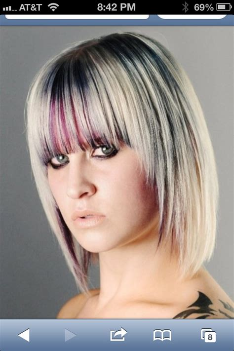 platinum hairstyles with some brown brown highlights on platinum hair 200x300 brown highlights