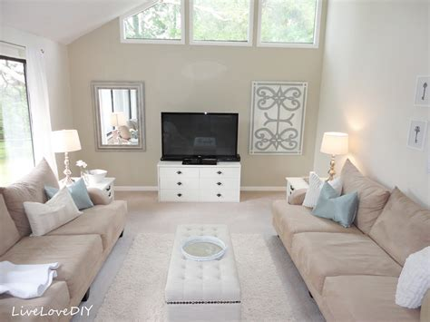 neutral wall colors for living room livelovediy painting trim walls what you need to know