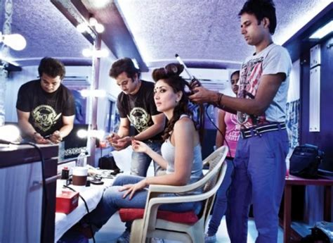 heroine locker wallpaper actress in makeup room photos 478652 filmibeat gallery