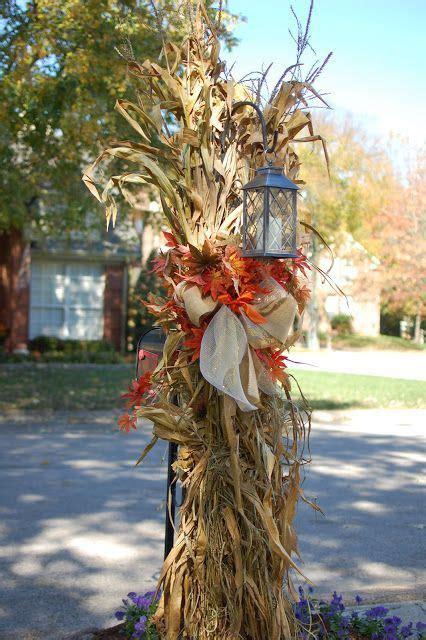 rustic chic  corn husks decor ideas  fall shelterness