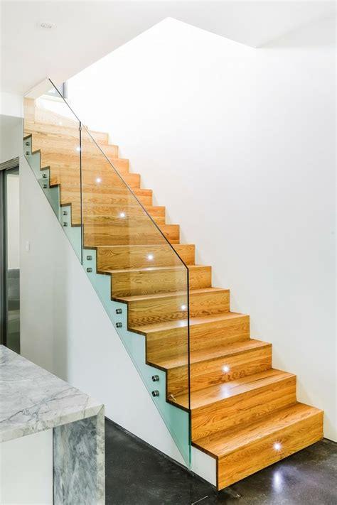 eclairage led escalier interieur