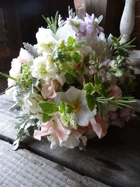 August wedding flowers by Catkin   Wedding Flowers