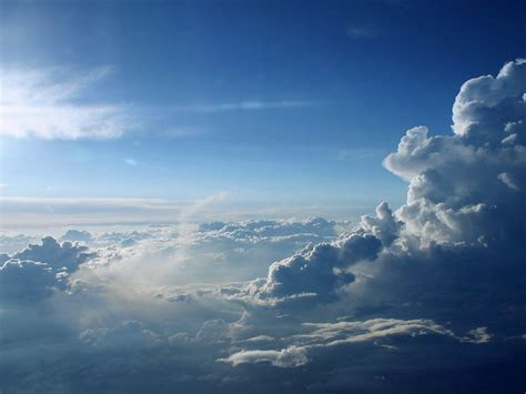 background awan foto foto langit yang indah di siang hari wallpaper
