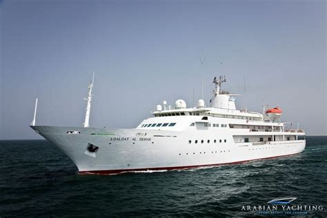 boat hire dubai marina 105 best yacht charters and boat rentals images on