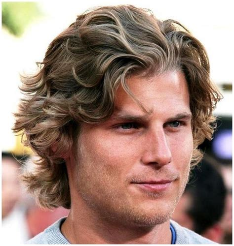 silly mens haircut styles mens hairstyles long wavy fun hairstyles for men mens