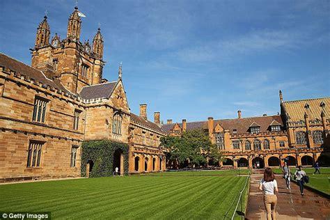 Sydney Uni Mba Time by Sydney Uni Slams St Paul S College Post