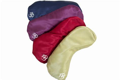 Eye Pillow Benefits by Eye Pillow Silk Aromatherapy Eye Pillows From Bliss