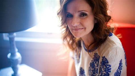 cafe patti patty griffin on world cafe prairie broadcasting