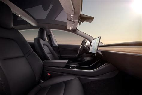 tesla model 3 interior seating tesla model 3 specs 220 310 miles range 0 60 mph in 5 1