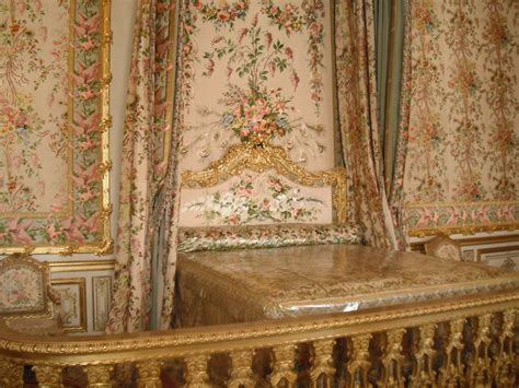 marie antoinette bedroom paris holiday part two the palace of versailles my new