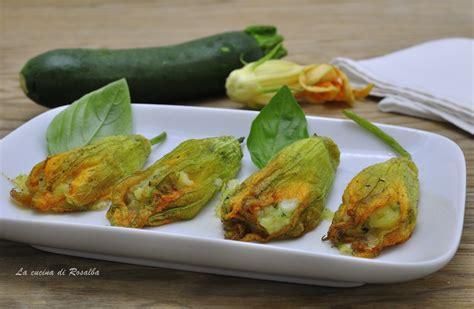 giallo zafferano fiori di zucca ripieni fiori di zucca ripieni di patate e zucchine la cucina di